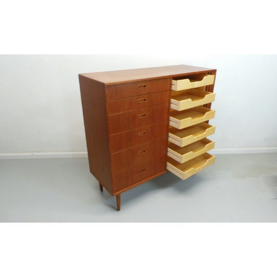 Falster Møbelfabrik 1960s Mid Century Danish Modern Teak Gentleman's Chest By Falster For Sale - Image 4 of 9