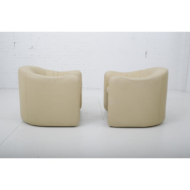 1970s Leather Barrel Back Chairs, Metropolitan 1970's For Sale - Image 5 of 13