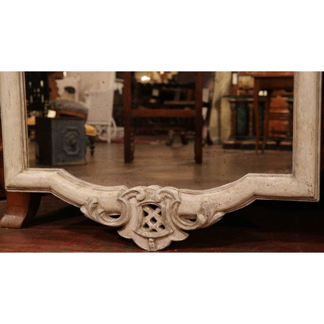 Early 20th Century Italian Carved Painted Mirror With Antiqued Glass For Sale - Image 4 of 7