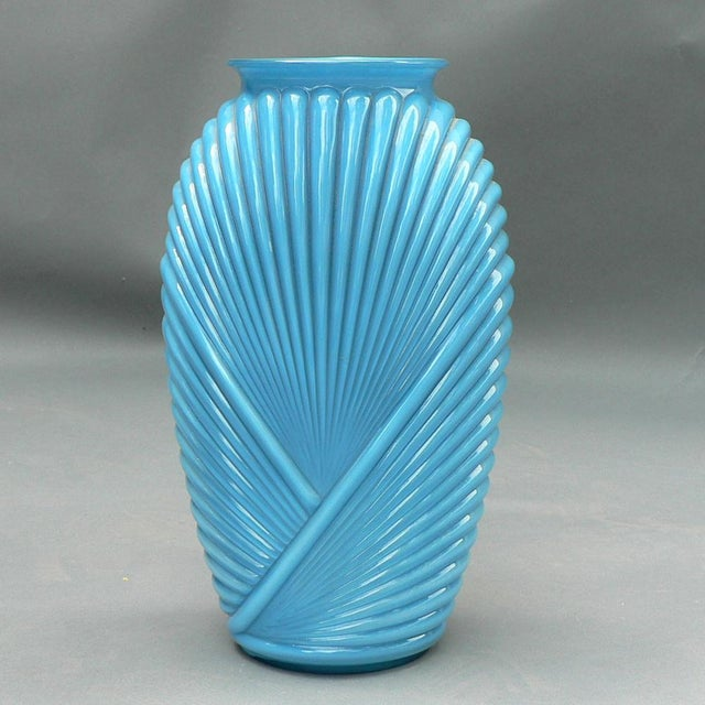 Exceptional Ribbed Art Deco Glass Vase Decaso