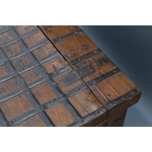 British Colonial Iron Bound Trunk Coffee Table Chest For Sale - Image 10 of 13
