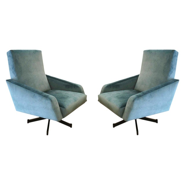 Pair of Italian Mid-Century Swivel Lounge Chairs For Sale