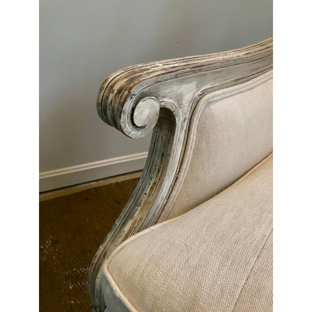 1980s French Louis XVI Style Settee in Gustavian Paint and Linen For Sale - Image 5 of 12