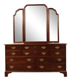 Image of Stickley Dressers and Chests of Drawers