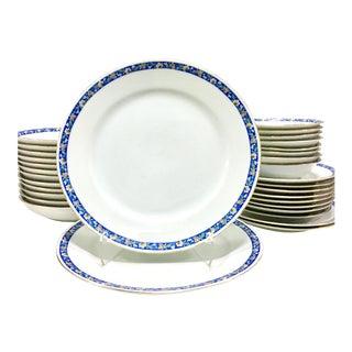 1930s Noritake Japanese Porcelain Dinnerware - Set of 32 For Sale