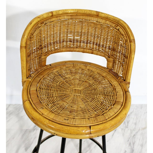 Mid Century Modern Danny Ho Fong Set 4 Bamboo Rattan Iron Swivel Barstools 1960s For Sale In Detroit - Image 6 of 8