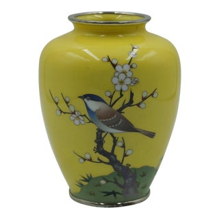 Japanese Silver Ando Style Cloisonné Yellow Vase (1910) For Sale