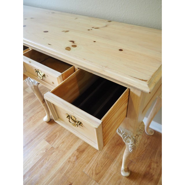 1990s Shabby Chic Lexington Link Taylor Console Table For Sale In Sacramento - Image 6 of 13