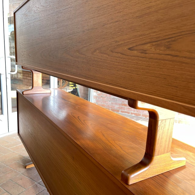 Wood 1970s Danish Modern Teak Credenza With Floating Top For Sale - Image 7 of 11