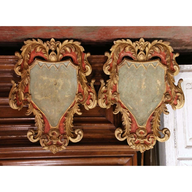 Early 20th Century Italian Carved Gilt and Painted Wall Hanging Shields - a Pair For Sale - Image 9 of 9