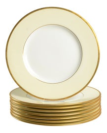 Image of Minimalist Dinnerware