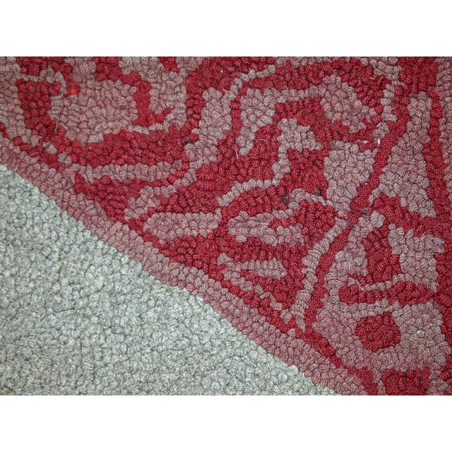 """1920s Antique American Hooked Rug - 2' X 3'3"""" For Sale In New York - Image 6 of 10"""