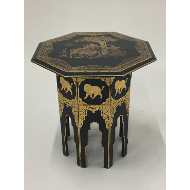 1920s Anglo-Indian Burmese Black and Gold Octagonal End Table For Sale - Image 5 of 11