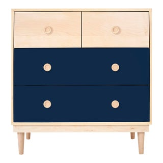 Lukka Modern Kids 4-Drawer Dresser in Maple With Deep Blue Finish For Sale