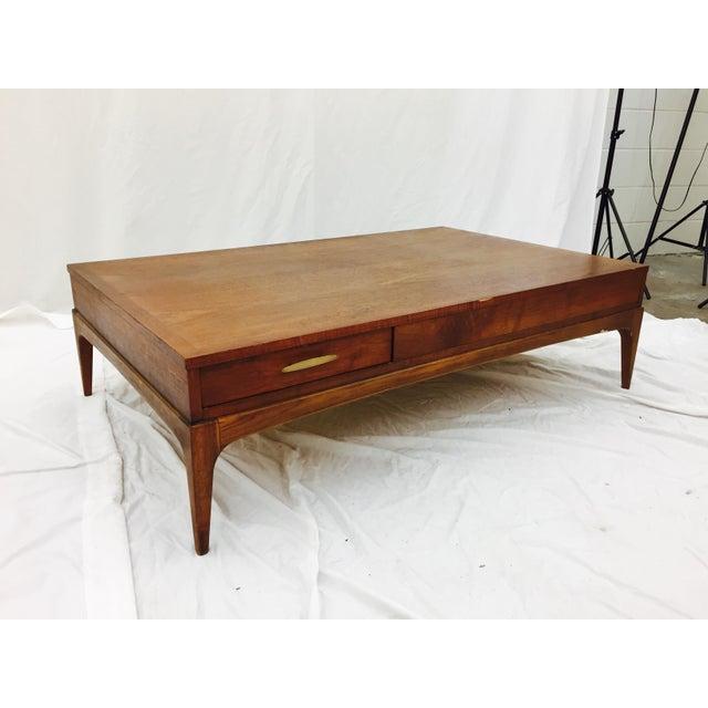 Vintage Lane Altavista Mid Century Modern Coffee Table