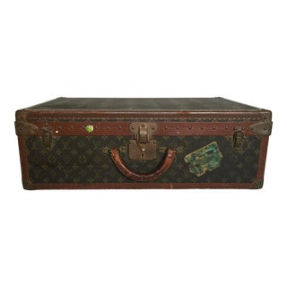 Mid 20th Century Louis Vuitton Alzer 65 Luggage With Tray For Sale
