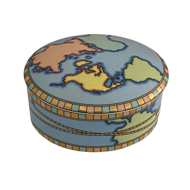 Blue Mid Century Tiffany Round World Box For Sale - Image 8 of 8