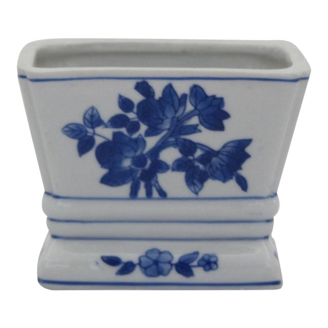 Blue & Whit Chinoiserie Vase For Sale