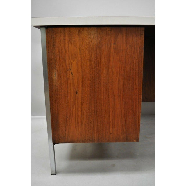 Mid Century Modern Florence Knoll Walnut Executive Desk For Sale - Image 9 of 11
