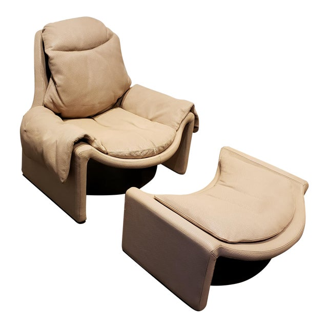 P60 Lounge Chair and Ottoman by Vittorio Introini for Saporiti For Sale
