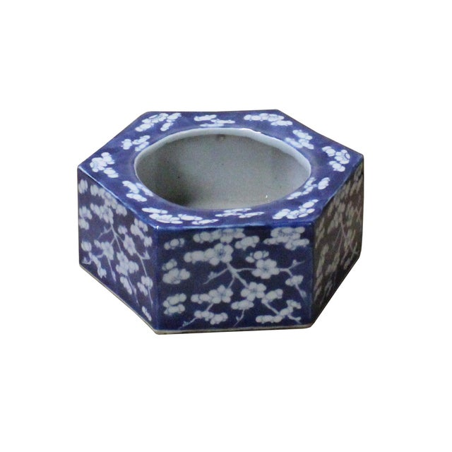Asian Chinese Blue & White Porcelain Blossom Graphic Hexagon Bowl Container For Sale - Image 3 of 7