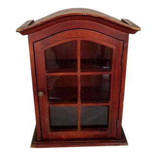 20th Century Traditional Hanging Curio Cabinet For Sale