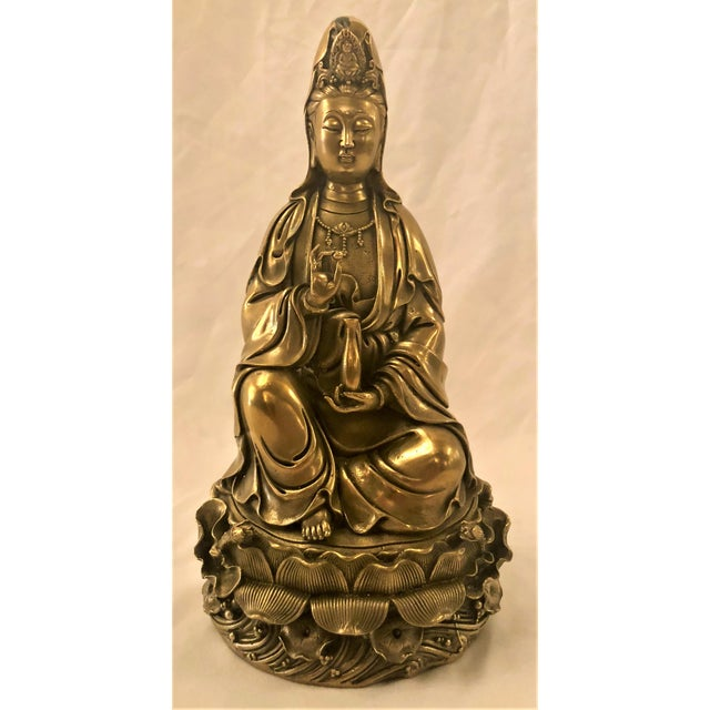 Late 19th Century Antique Chinese 19th Century Bronze Statue of Kuan Yin, Goddess of Compassion. For Sale - Image 5 of 5