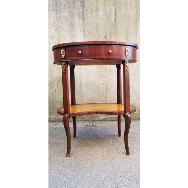 English Traditional Maitland-Smith Mahogany & Sienna Leather Side Table For Sale - Image 3 of 13