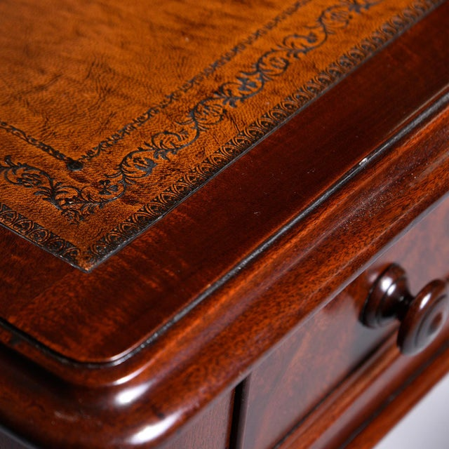 Late 19th Century English Mahogany Desk With Leather Top For Sale - Image 11 of 13