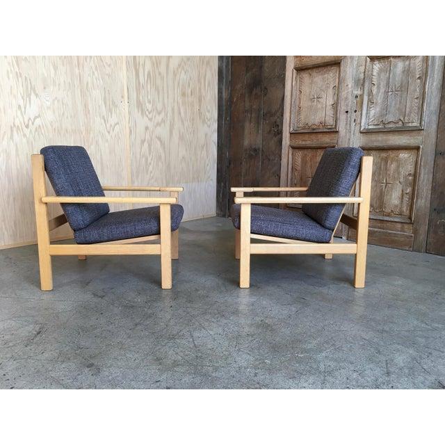 Hans Wegner Hans Wegner Oak Lounge Chairs - a Pair For Sale - Image 4 of 10