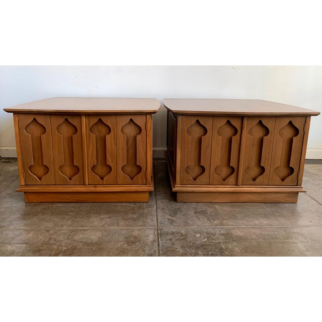 """Brown Mid-Century Modern Side Tables Carved """"Spade"""" Fruit - Pair For Sale - Image 8 of 8"""