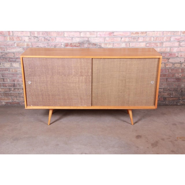 Mid-Century Modern Paul McCobb Planner Group Mid-Century Modern Solid Maple Sideboard Credenza, 1950s For Sale - Image 3 of 13