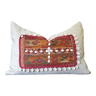 Ojal Jumlo Shell Embellished Pillow For Sale