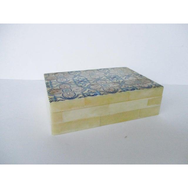 Blue & White Inlaid Bone Jewelry Box - Image 8 of 8