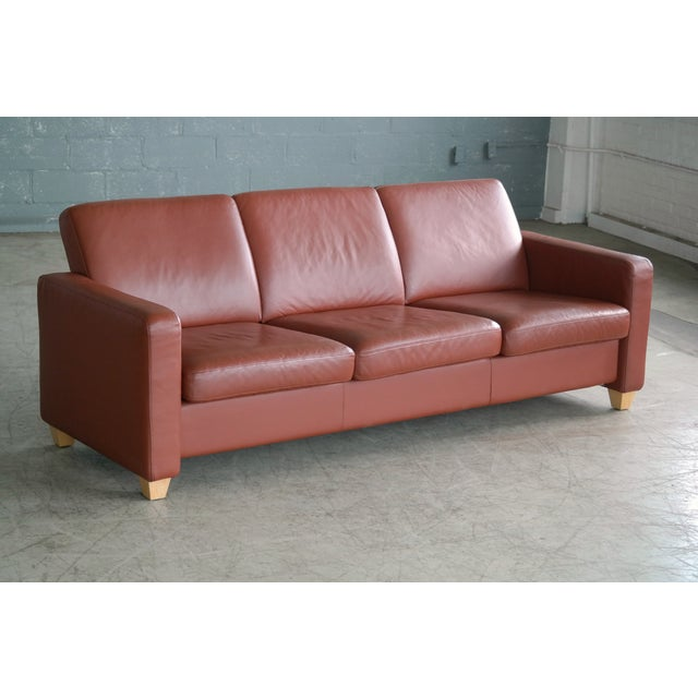 1970s Danish Mid Century Modern Sofa in Brown Leather For Sale - Image 5 of 9