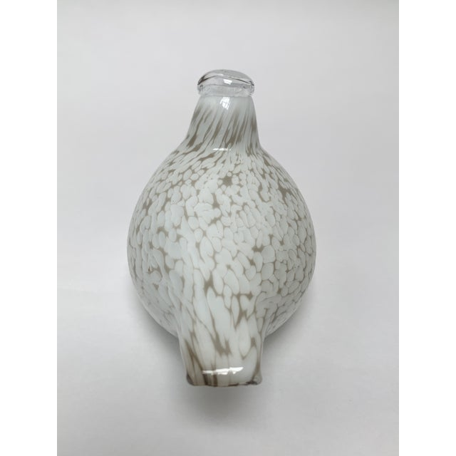 1980s Final Markdown Oiva Toikka for Iittala Finland Mouth Blown Glass Bird Figurine For Sale - Image 5 of 12