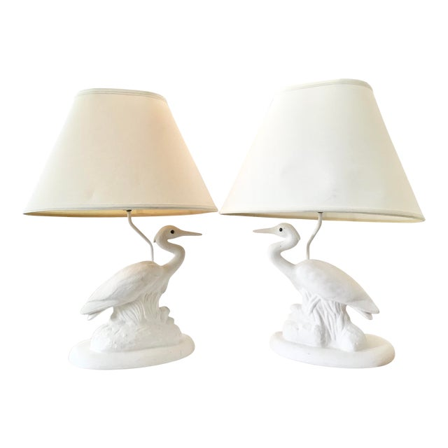 Vintage Coastal White Reverse Birds Lamps With Shades-Pair For Sale