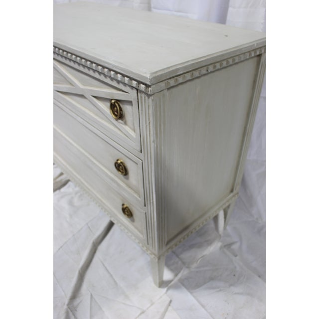20th Century Gutavian X Shape Front Carving Bedside Chests - a Pair For Sale In Atlanta - Image 6 of 8