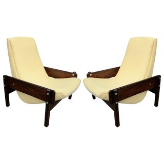 Pair of 1960s Sergio Rodrigues Brazilian Jacaranda Vronka Chairs For Sale