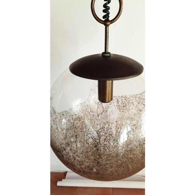 Brass Mid Century Modern Murano Glass Pendant Light by Carlo Nason for Mazzega For Sale - Image 7 of 12