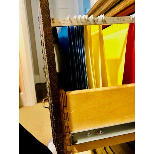 1950s Oak Raised Side & Brass Detail 2-Drawer File Cabinet For Sale - Image 5 of 9
