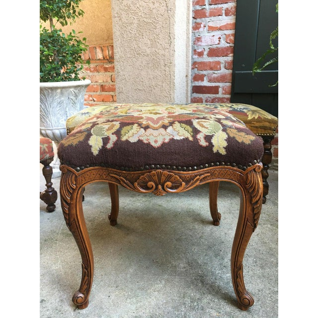 1900s Antique French Carved Oak Stool/Bench For Sale - Image 4 of 10