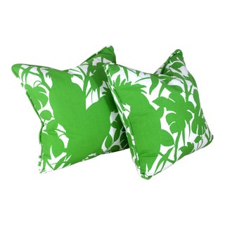 "20"" White and Green Tropical Cockatoo Pillows For Sale"