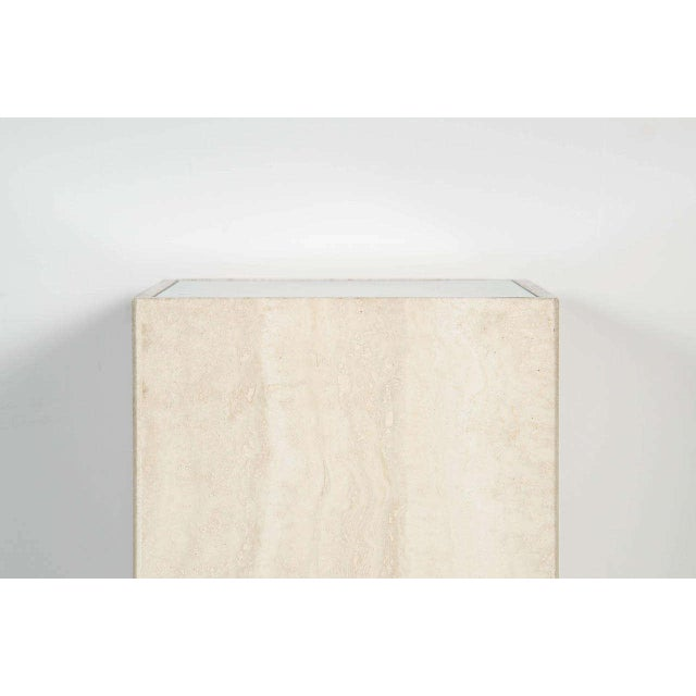 Early 20th Century Mid-Century Modernist Travertine Marble and Glass Illuminating Pedestal / Column For Sale - Image 5 of 6