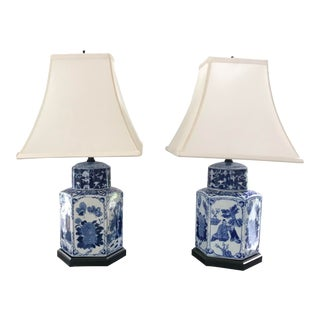 Late 20th Century Vintage Chinoiserie Blue and White Porcelain Lamps - a Pair For Sale
