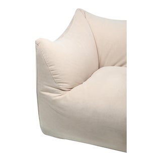 Mario Bellini 'Le Bambole' Two-Seat Couch in Alcantara - 1970s For Sale