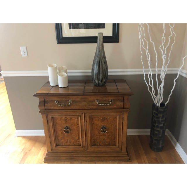 Traditional Bernhardt Buffet Server For Sale - Image 3 of 12