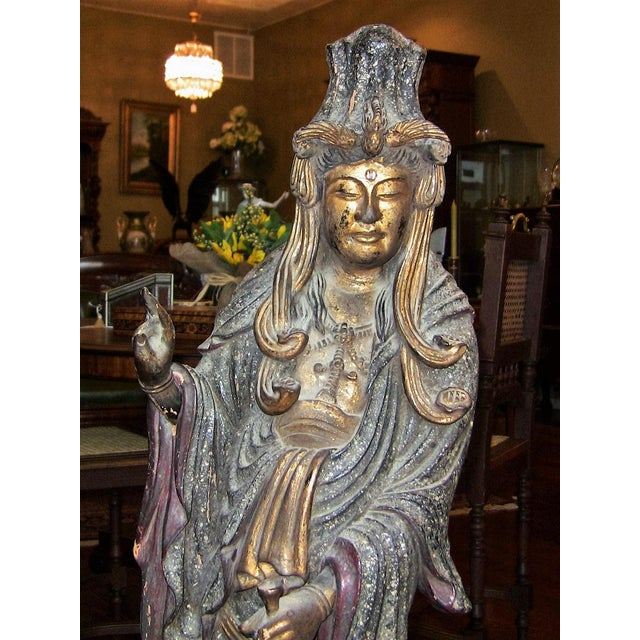 19c Asian Wooden Carved, Painted & Gilded Guanyin Statue For Sale - Image 9 of 12