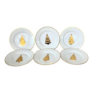 Vintage Fields Marketplace Christmas Plates - a Set of 6 For Sale