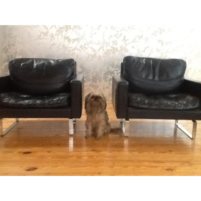 Mid-Century Modern Scandinavian Leather & Chrome Chairs - A Pair For Sale - Image 3 of 5